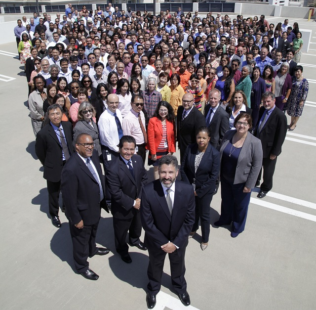 Group Photo consist of over 300 HCIDLA staff members with General Manager at the front.