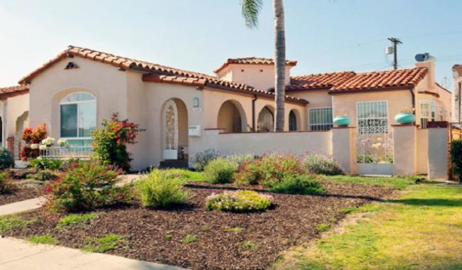 An image of an exterior Spanish style home
